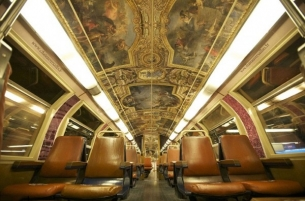 parisian-rer-train-transformed-like-vers.jpg