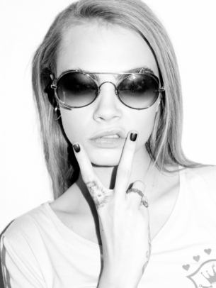 cara-delevingne-by-terry-richardson-octo.png