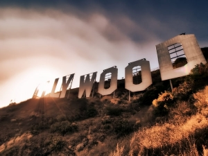 behind-hollywood-4.jpg