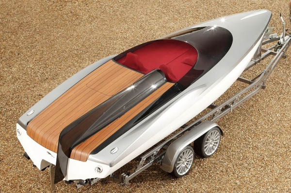 jaguar-xf-sportbrake-gets-concept-speedboat-photo-gallery-10.640.jpg