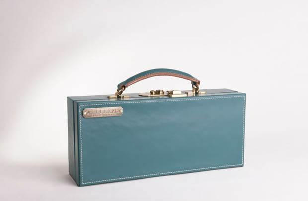 williams-british-handmade-teal-cygnes-case-product-1-2980986-225849608_full.jpeg