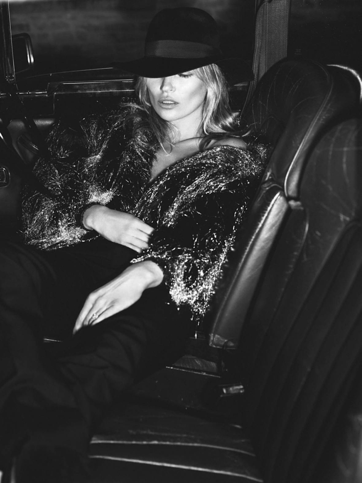 kate-moss-by-mert-alas-marcus-piggott-for-vogue-paris-october-2015-4.jpg