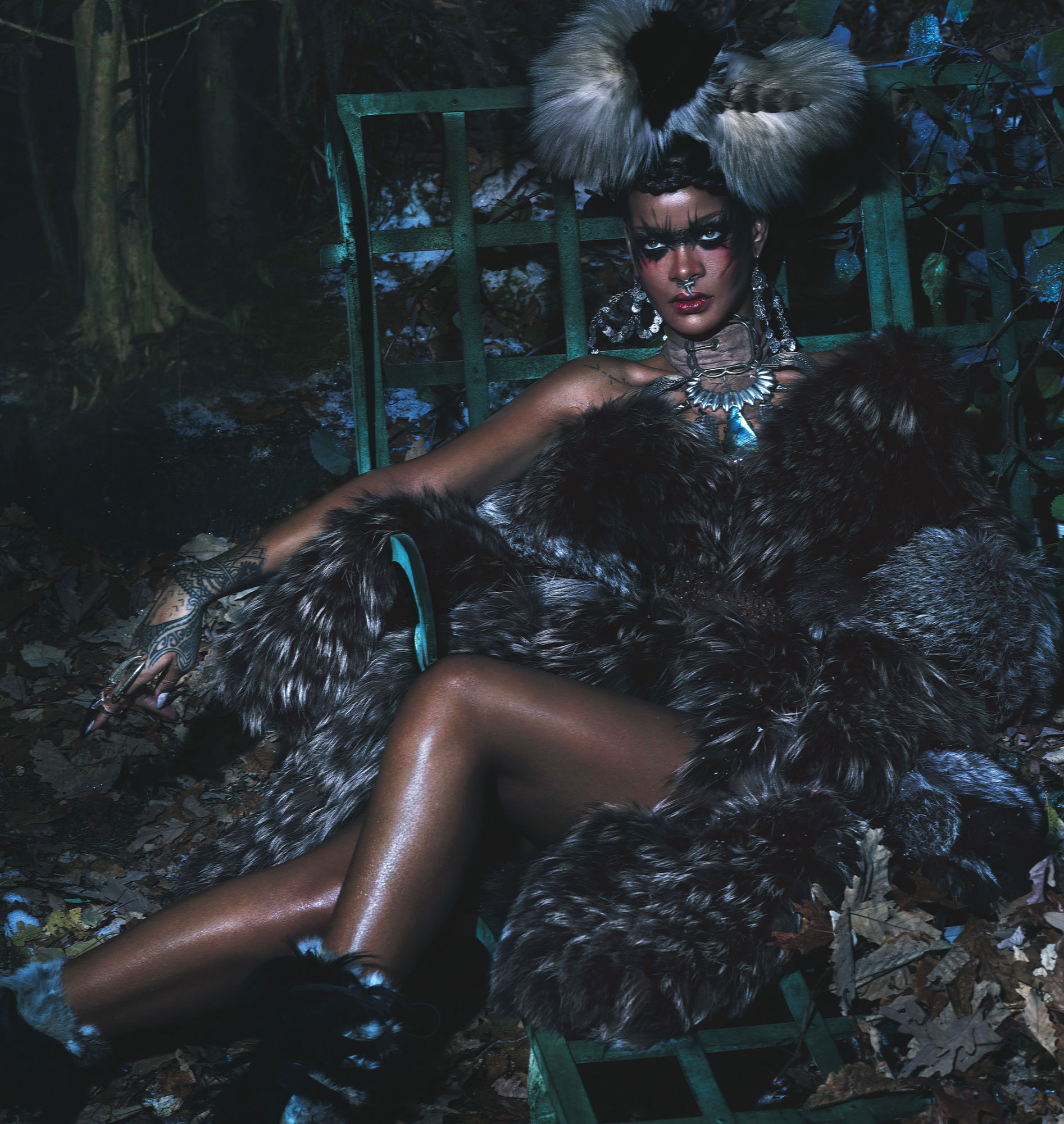 rihanna-by-mert-alas-marcus-piggott-for-w-magazine-september-2014-1.jpg