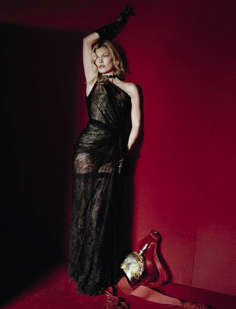 kate-moss-tim-walker-vogue-italia-december-2015-7.jpg