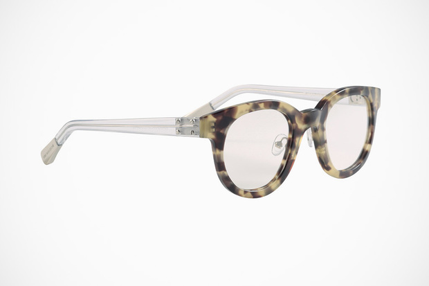 krisvanassche-spring-summer-2013-eyewear-collection-14-620x413.jpg