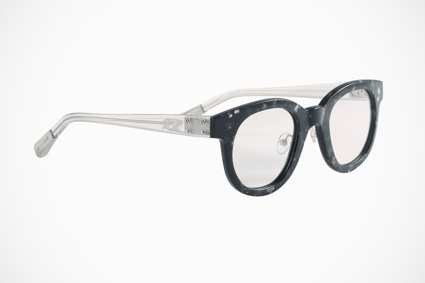 krisvanassche-spring-summer-2013-eyewear-collection-15-620x413.jpg