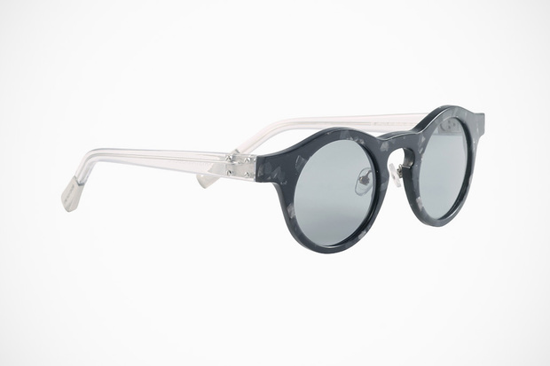 krisvanassche-spring-summer-2013-eyewear-collection-3-620x413.jpg