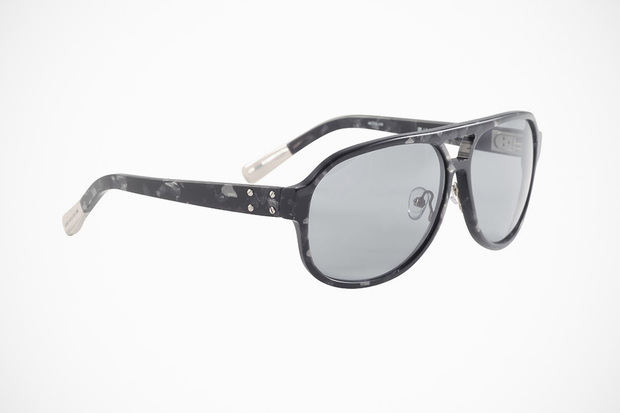krisvanassche-spring-summer-2013-eyewear-collection-4-620x413.jpg