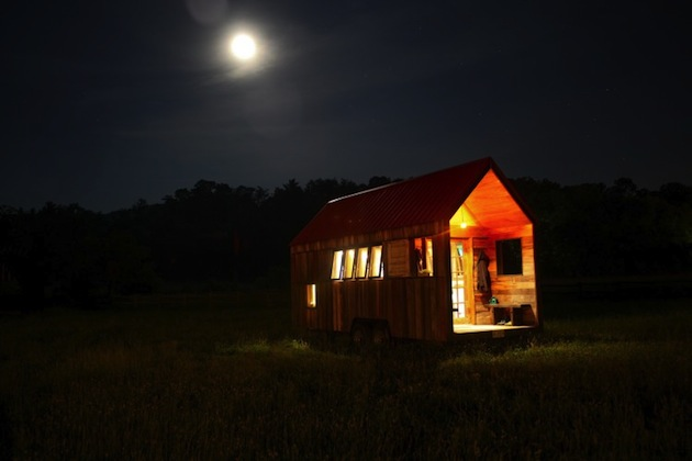 200-square-foot-pocket-shelter-mobile-house-by-aaron-maret-20.jpeg
