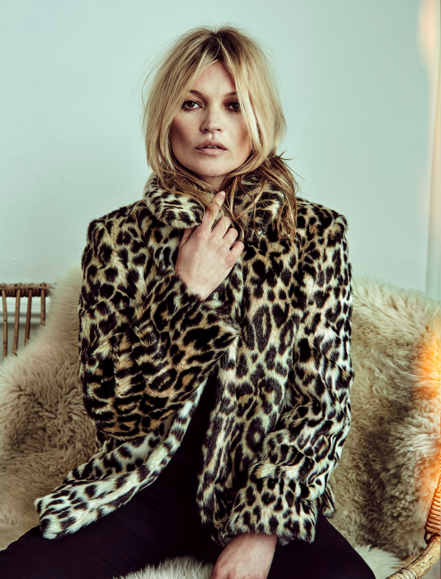 kate-moss-by-chris-colls-for-the-edit-june-2016-3.jpg